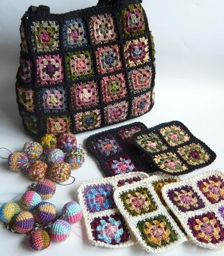 刺繍糸で編み物